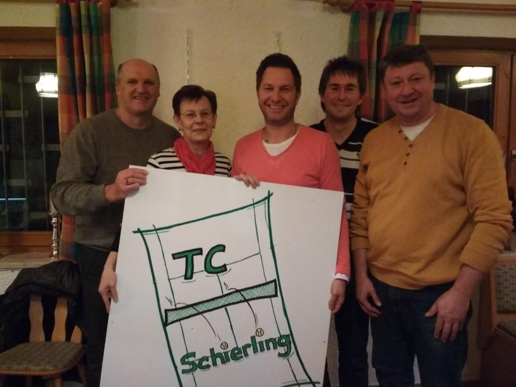 Die neue Vorstandschaft vom TC Schierling:v. l.Christian Blaschko, BertaEmmer, Jochen Wild, Hermann Aumeier, Alfons Piendl (nicht im Bild: Karl-Heinz Specht)